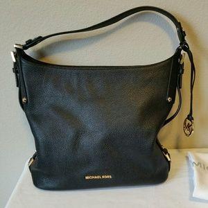 Michael Kors Griffin Shoulder Bag